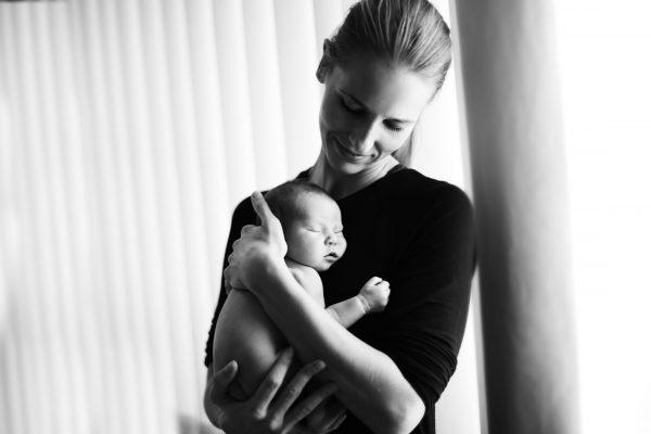 maria pavlickova newborn photography